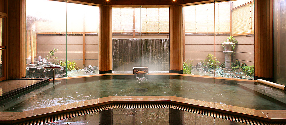 滝見檜風呂